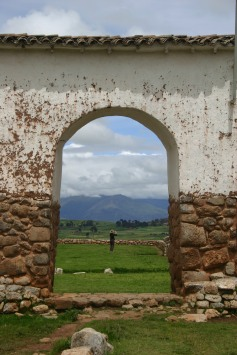 Keep the subject interesting, such as here in Chinchero, Peru